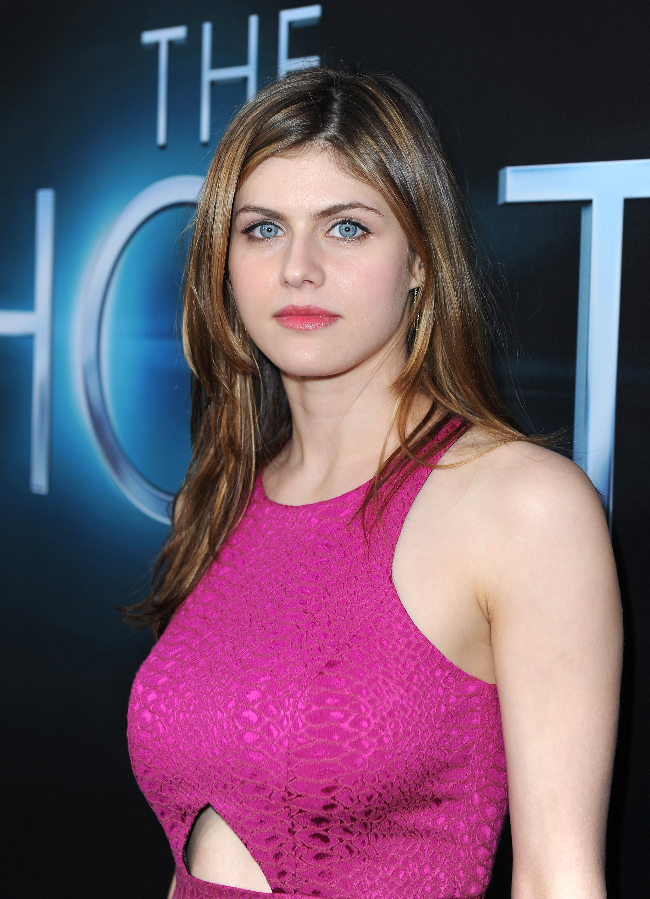 Alexandra Daddario Fotolip Com Rich Image And Wallpaper