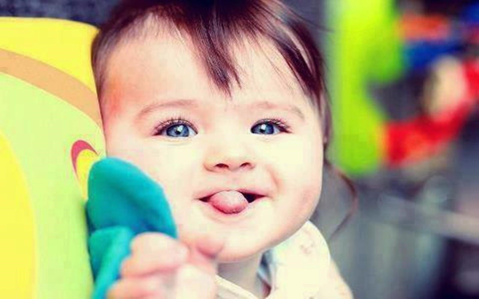 14 Cute Baby Wallpaper