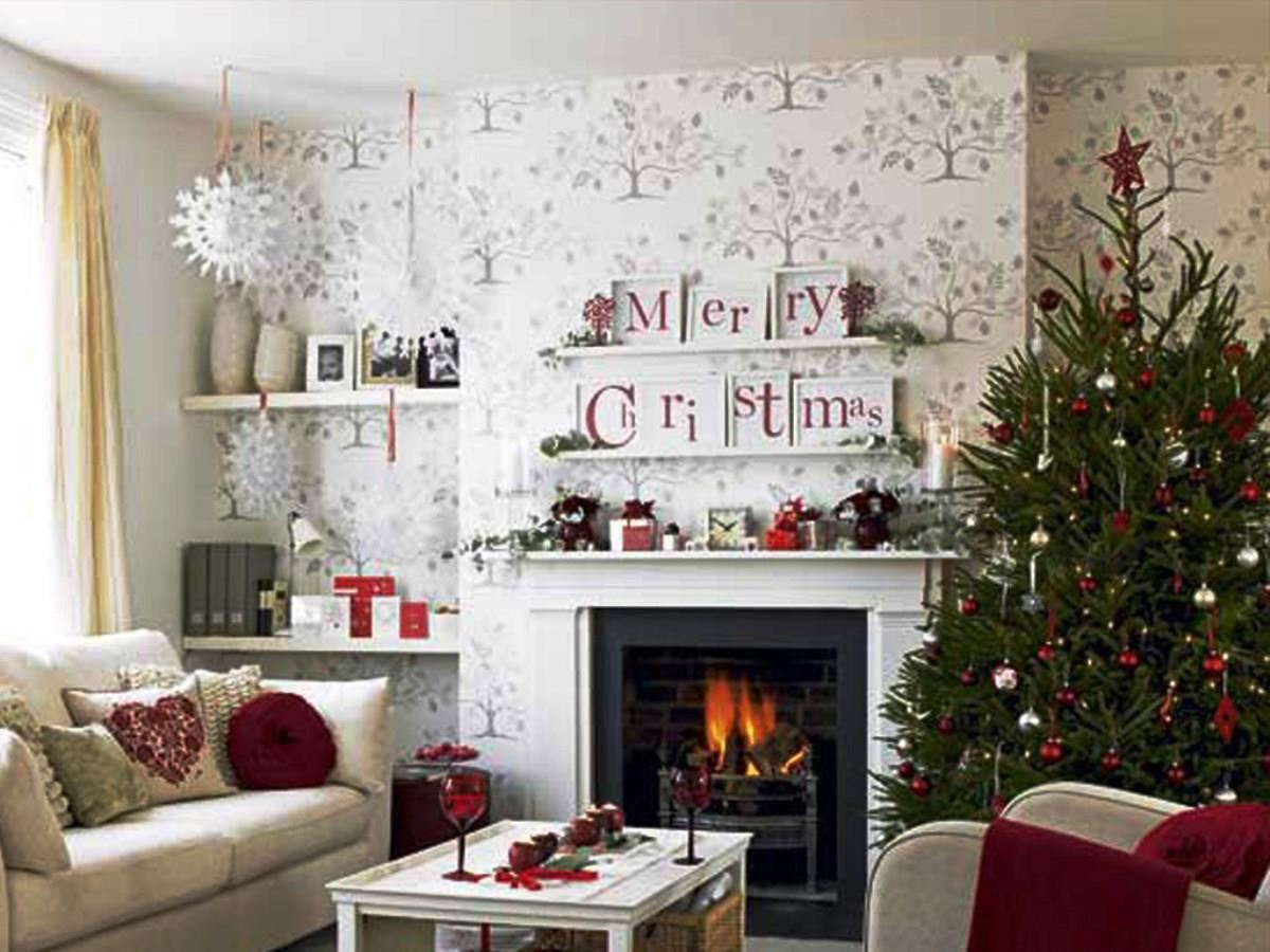 Decorate your room for Christmas