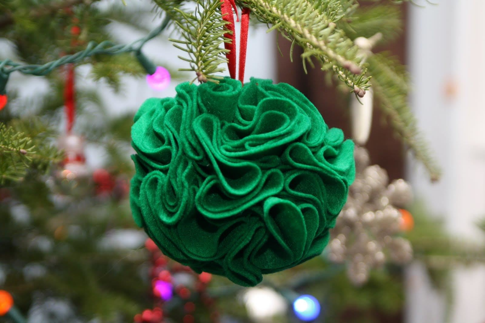 101 handmade christmas ornament ideas - Easy Christmas Ornaments