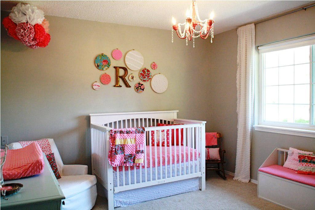 How to Decorate Baby Girl Room Ideas