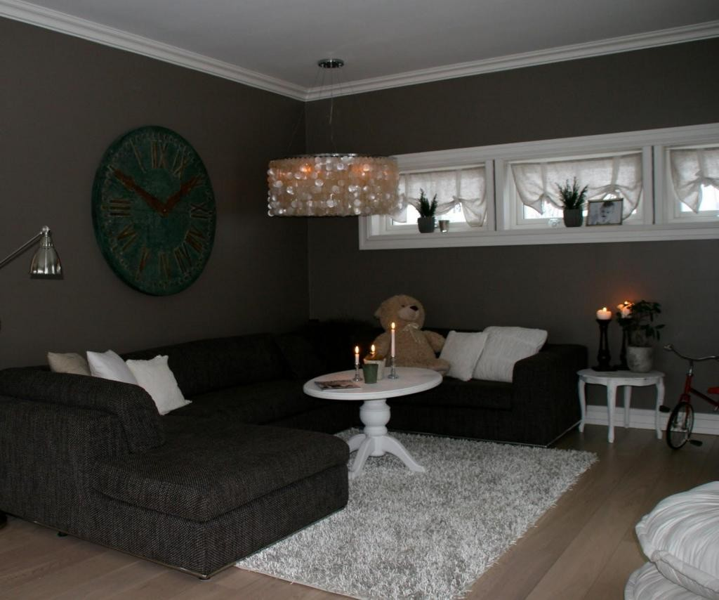 Living Room: Good Paint Color For Small Dark Living Room With
